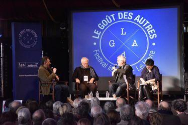 Rencontre D'est en Ouest entre Russell Banks et Bertrand Tavernier, animée par Sylvain Bourmeau